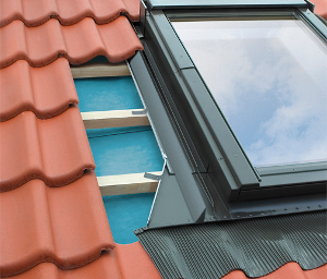 Proces stavby krytiny na strechu